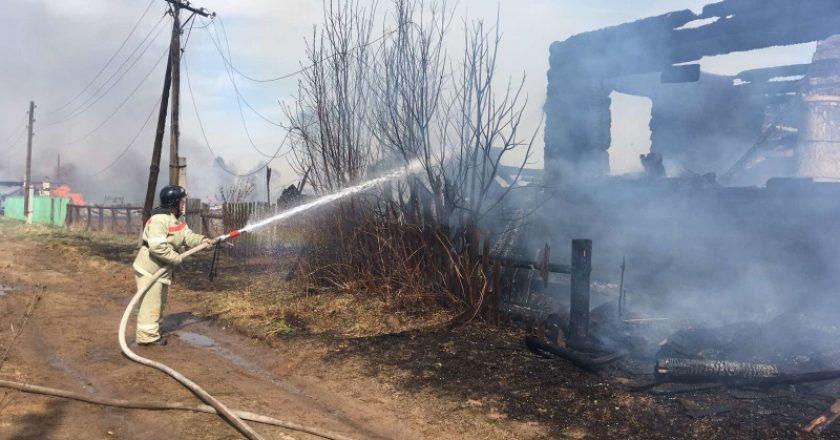 Крупный пожар в Белохолуницком районе 7 мая