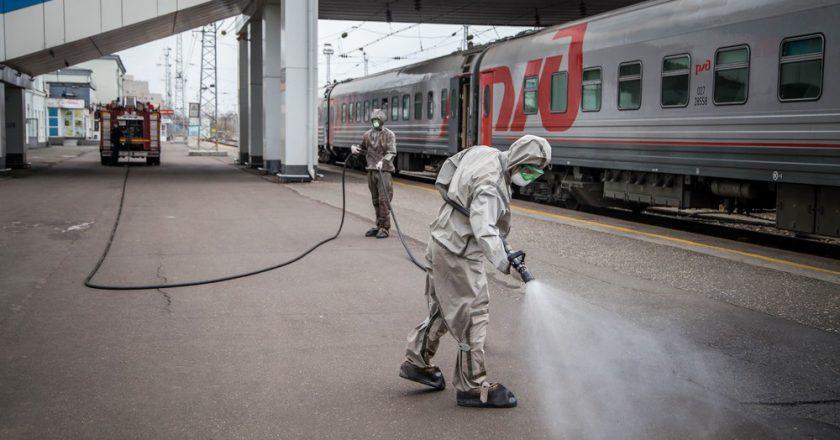 Железнодорожный вокзал в Кирове дезинфицировали