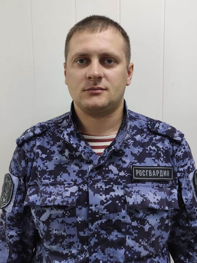 В Кирове сотрудник Росгвардии спас мужчину