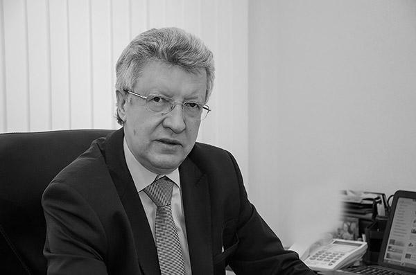 со смертью Николая Липатникова