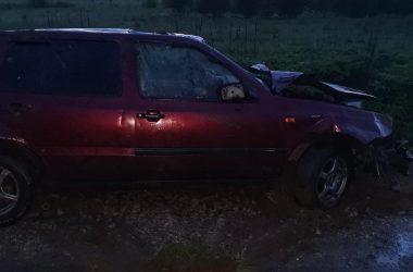 В Кировской области опрокинулась машина с бесправницей