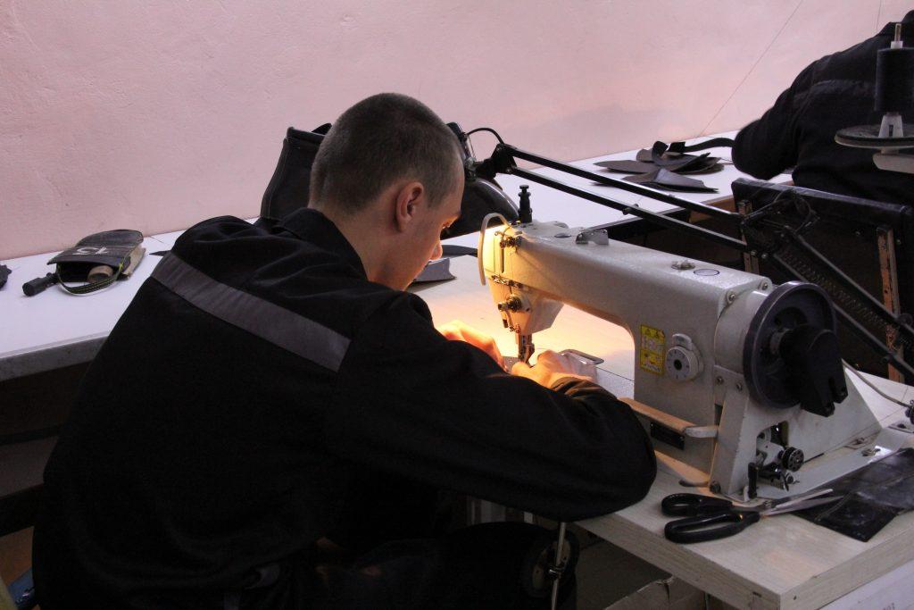 В ИК-11 УФСИН России по Кировской области открылось новое производство по изготовлению сумок