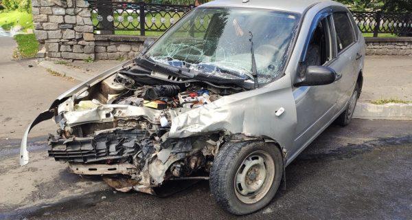 В Кирове в аварии пострадали два человека