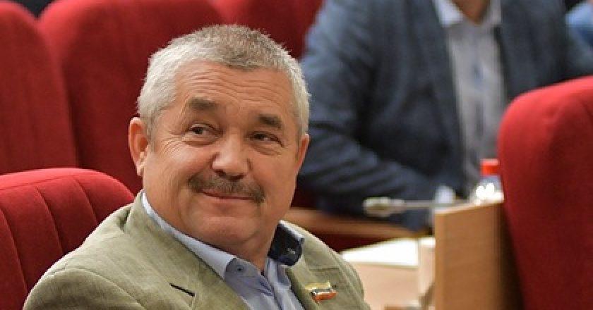 Депутат-единоросс расстрелял двух собак