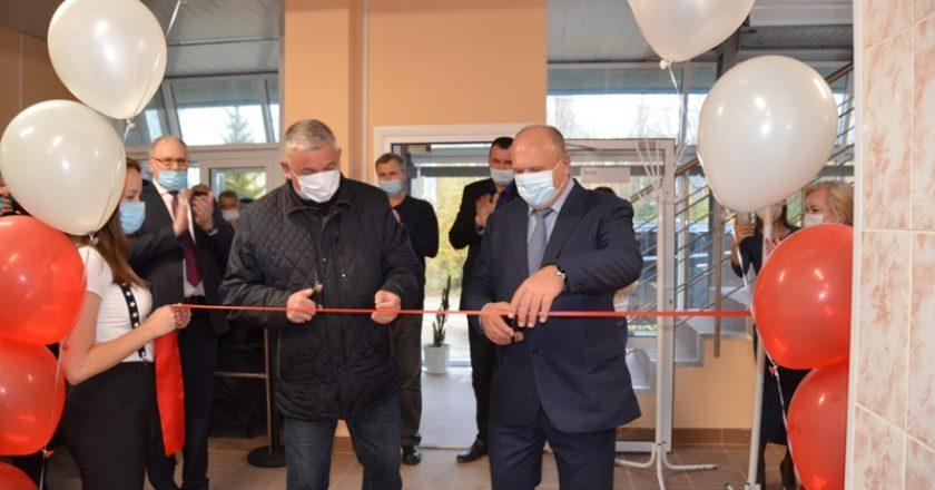 На станции Лянгасово в Кировской области торжественно открыт обновленный физкультурно-оздоровительный комплекс (ФОК) «Локомотив».