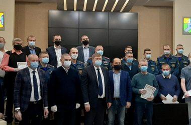 В Кирово-Чепецке наградили рабочих, устранявших аварию на очистных сооружениях