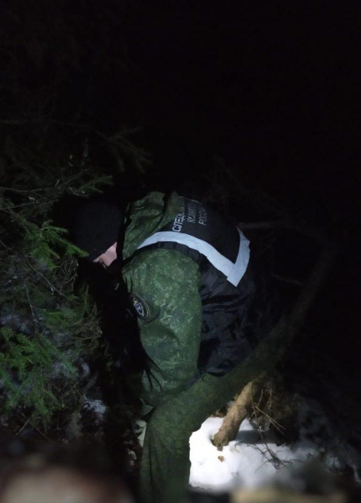В Омутнинском районе по факту обнаружения тела мужчины возбуждено уголовное дело