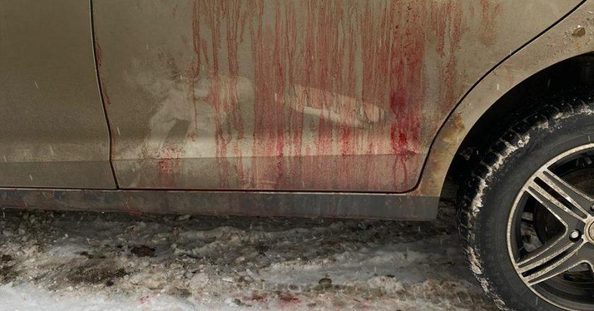 В Кирове клиент пытался зарезать водителя такси, чтобы не платить за поездку