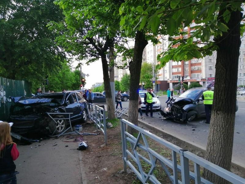 В Кирове перед судом предстанет автомобилист, не уступивший дорогу другому участнику ДТП, в результате которого пострадал пешеход