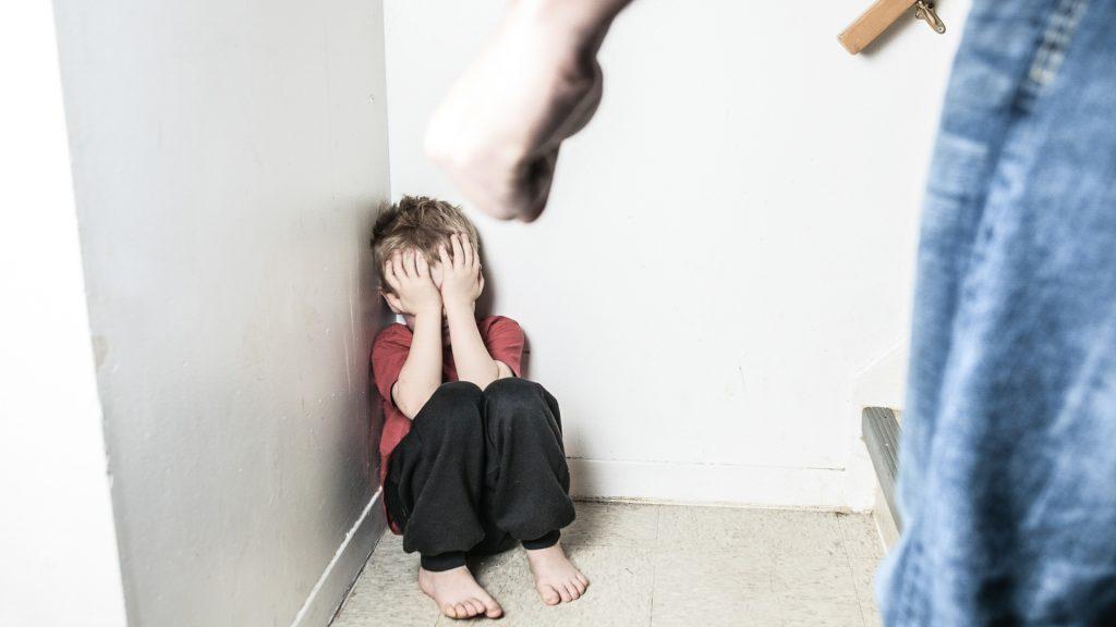 Прокуратура проводит проверку по факту истязания несовершеннолетнего в Верхнекамском районе Кировской области
