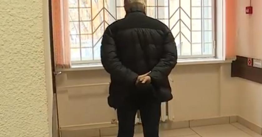 В Кирове начался суд над бывшим мэром Владимиром Быковым