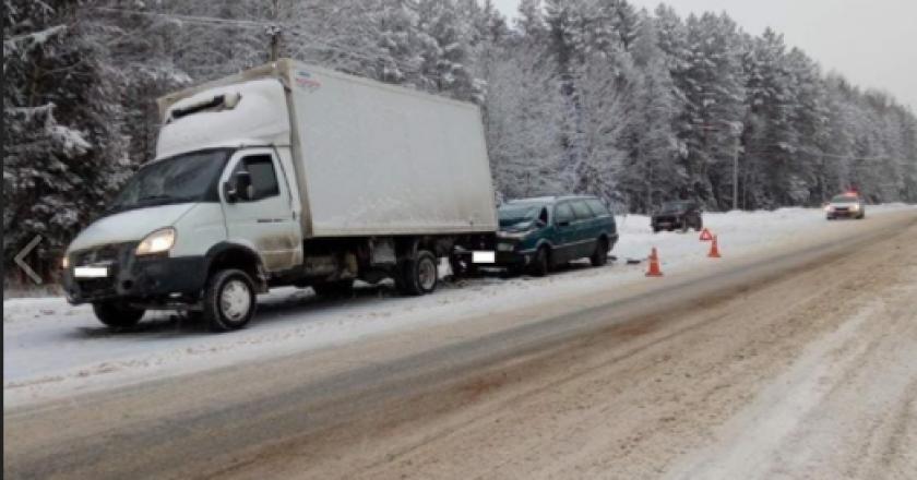 В Кировской области за прошедшие три дня зарегистрировано 8 аварий с пострадавшими. В этих ДТП ранены 14 человек.