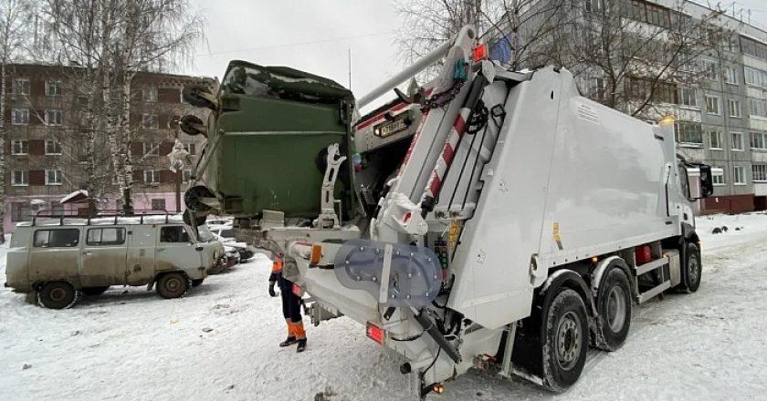 Регоператор увеличит число машин для вывоза ТКО в Кирове