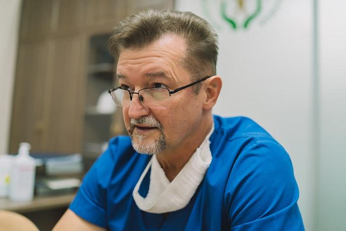 Хирурги детской областной больницы извлекли из желудка пациентки 300-граммовый клубок волос