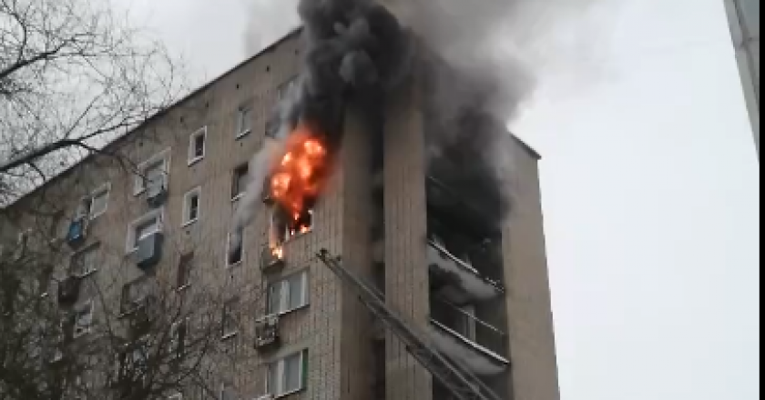 Пироман терроризирует малосемейку на улице Ленина