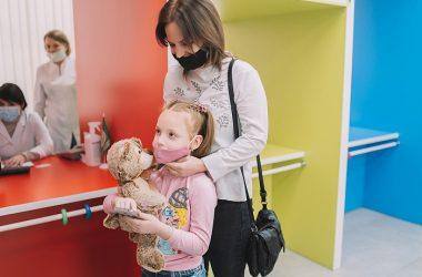 Врачи детской областной больницы спасли ребенка с поражением всех органов и систем после коронавируса