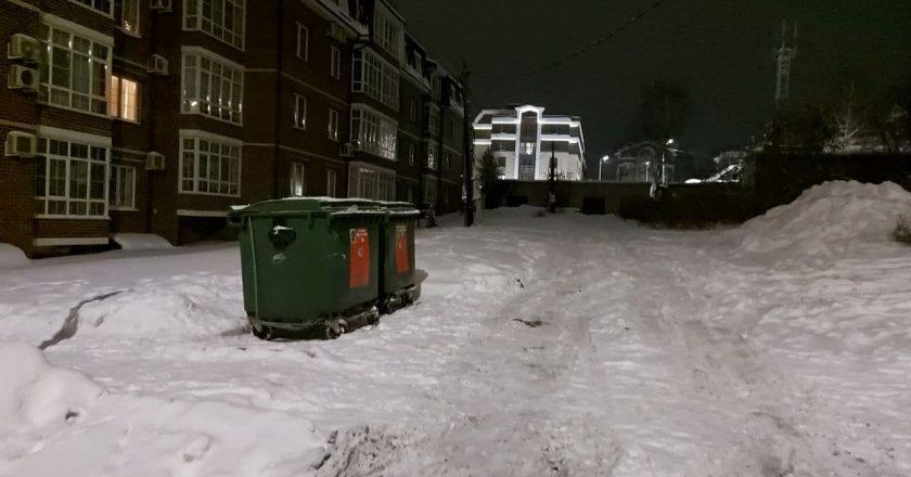 ночью вывозят мусор