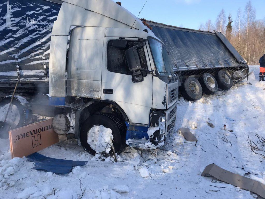 Водителю, замерзавшему на трассе в Афанасьевском районе, дали гостиницу