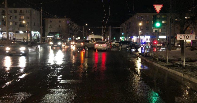 Появились официальные данные по дорожно-транспортному происшествию с машиной скорой помощи.
